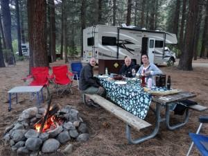 Op de Lee Vining campground