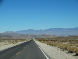 De grote leegte van de woestijn