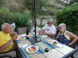 Griekse maaltijd bij Marcia en Earl