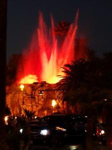 Vulkaan uitbarsting bij Le Mirage