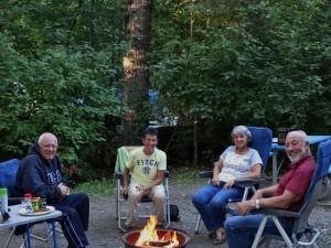 Bezoek van Marianne en Emil op Ferry Island Campground