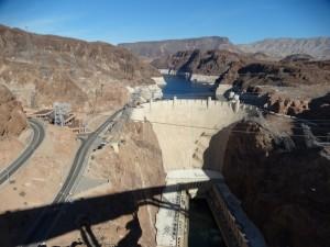 Zicht op Hooverdam en Lake Mead